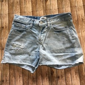 Old Navy light wash distressed jean shorts sz 12
